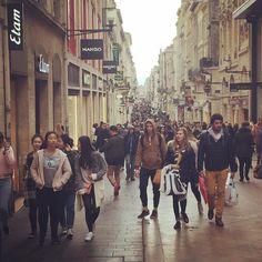 Le monde dans les rues piétonnes de #bordeauxmaville un exemple à suivre pour #marseillejetaime