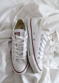 factory price 849a9 ac6ea white converse  Very cool photo blog Shoes Heels, Louboutin Shoes, Dress  Shoes,
