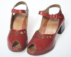 Stunning & spectacular 1940s 70s Vintage by NeverNeverTraders, $145.00