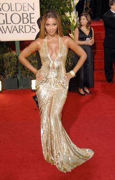 The Best Golden Globes Dresses of All Time: Glamour.comBest Golden Globes Dress: Beyoncé in Elie Saab, 2007 The high-wattage gold sequined Elie Saab gown Beyoncé wore to the 2007 Golden Globes is the very definition of glamour—not that we'd expect anything less from the gorgeous über-star.