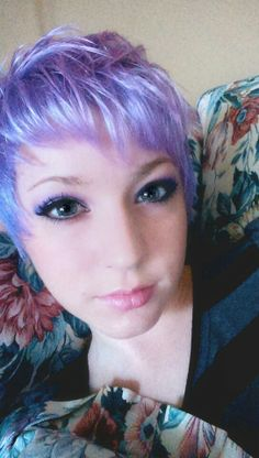 Wow, love this cut style, lilac is great but just a little bit for me...