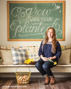 Blogger, online shop owner, and homestead maven Natalie Freeman invites us into her home for a seasonally inspired gathering with friends | At Home in Arkansas | April 2016 | farmhouse | entertaining | spring decor | daffodils