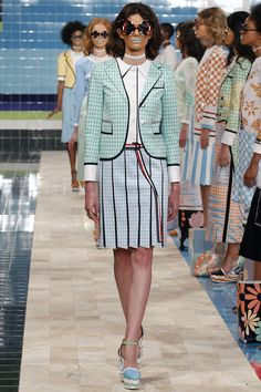 Trompe l'oeil tailoring is the ultimate mix of pretty and funny. Thom Browne Spring 2017 Ready-to-Wear Fashion Show - Chloe Wheatcroft