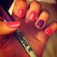 Zebra sharpie nail!