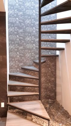 Wallpaper behind stairs looks nice Spiral Stairs Design, Small Staircase, Loft Staircase, Tiny House Stairs, Stair Railing Design, Home Stairs Design, Interior Stairs, Door Design, Escalier Art