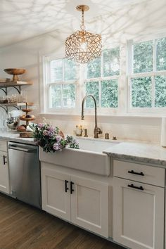 farmhouse sink in kitchen