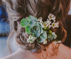 wedding hair- replace veil with hair piece at reception! Cactus Wedding, Floral Wedding, Wedding Flowers, Wedding Hair And Makeup, Bridal Hair, Wedding Mint Green, Rustic Wedding Hairstyles, Wedding Hair Pieces, Floral Hair