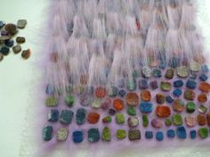 Klicken zum Schliessen Textile Sculpture, Textile Art, Nuno Felting, Needle Felting, Fabric Manipulation Techniques, Cloth Flowers, Felted Slippers, Felting Tutorials, Felt Fabric