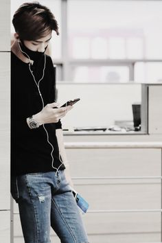 SEHUN AIRPORT'S STYLE (POST BY OHMILK) - Album on Imgur