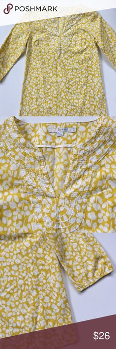 EUC Boden top Excellent condition; Darling 3/4 sleeve cotton too with cute stitching around the neckline. Much prettier in person. The perfect Spring top! Smoke-free/pet-free home. Boden Tops