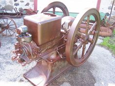 Old 10hp INTERNATIONAL HARVESTER Type M Gas Engine Hit Miss Steam Magneto WOW!!