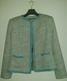 Superl leuk Chanel jasje gemaakt.