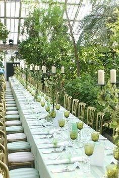 Totally in love with this green, white and gold #wedding #reception in a greenhouse.