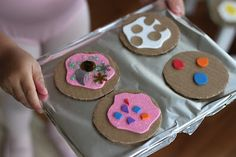 Playing House: Making Pretend Cookies