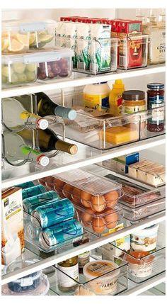 Refrigerator Organization, Kitchen Organization Pantry, Small Kitchen Storage, Home Organisation, Organization Hacks, Organized Kitchen, Organizing Ideas, Fridge Storage, Kitchen Pantry