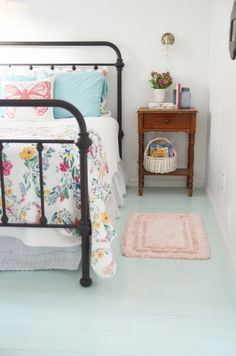 inexpensive painted plywood floor //temporary fix for the guest room?