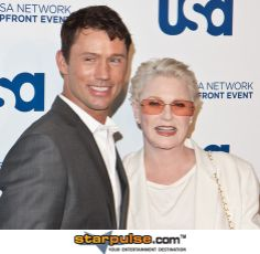 Sharon Gless And Jeffrey Donavan Great teamwork.