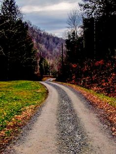 Country roads take me home (Fanrock, West Virginia) cr.