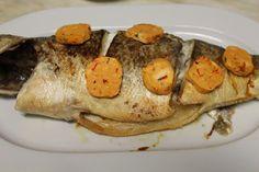 Na Cozinha da Té: Robalo com batatas crocantes, manteiga aromatizada...