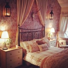 Stylish bedroom tend