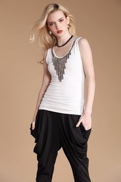 #SheInside White Scoop Neck Vest with Beading Pendant Detail