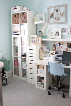 Lovely home office. Small Office Spaces, Small Office Storage, Craft Storage Ideas For Small Spaces, Small Craft Rooms, Craft Room Storage, Bedroom Storage, Ikea Office Organization, Organized Office, Glass Cabinet Doors