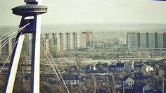 Bratislava, Seattle Skyline, Retro, Building, Travel, Sweet, Fotografia, Voyage, Buildings