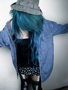 <3 the hair color!!!