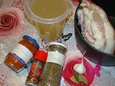 Sunca fiarta in zeama de varza murata Carne, Chicken, Meat, Pork, Buffalo Chicken, Cubs, Rooster