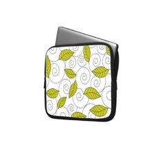 Green leaves and spiral pattern laptop computer sleeves