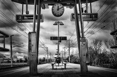Wien, Bahn-Station Zentralfriedhof Technik Honeymoon Pictures, S Bahn, Vienna, Austria, Track Lighting, Ceiling Lights, Pictures, Ceiling Light Fixtures