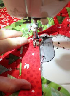 Binding Tutorial for Quilted Christmas Tree Skirt Pattern