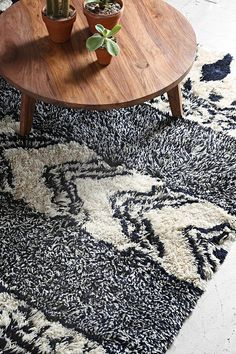 Magical Thinking Geo Shag Rug- Navy from Urban Outfitters. Shop more products from Urban Outfitters on Wanelo. Decor, House Styles, House Design, Plush Rug, Rugs, Decor Design, Home Decor, Homey, Home Decor Inspiration