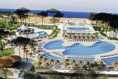Poolanlage des hundefreundlichen Urlaubsresorts direkt am Meer in Kroatien-Nin - Holiday Resort Zaton #poolworld #pool #swimmingpool #pools #camping #glamping #strandurlaub #ferienanlage #dalmatien #urlaubmithund #hundeurlaub #hundefreundlich #dogswelcome #petfriendly #ferien #ferienmithund #hunde #nin #zaton #croatia #sommer #zelte #holidayresort #resorts #campingplatz #campingurlaub Urlaub mit Hund in Kroatien - by Tierischer-Urlaub.com