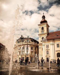 Sibiu Romania, Big Ben, Louvre, Building, Travel, Instagram, Viajes, Buildings, Destinations