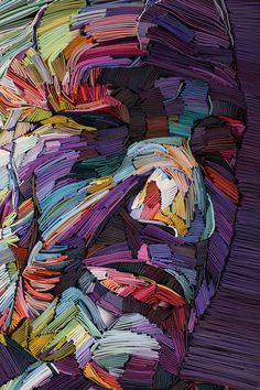 Artist Yulia Brodskaya is behind new portraits that seem to be like colorful paintings. She creates her artworks with folded and balled up paper of different co Arte Quilling, Paper Quilling Designs, Illustrator, Blog Art, Paper Weaving, Colossal Art, Colorful Paintings, Portrait Art, Collage Art