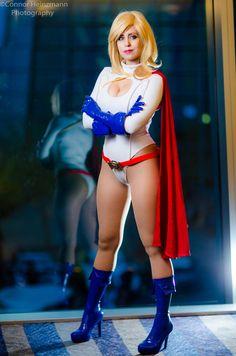 Power Girl Cosplay : Hero of Light by Khainsaw