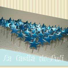 Estrellas metalizadas con borde plateado.   La casita de Puli