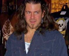 Christian Kane... don't know who to credit for pic