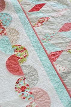 in a jiffy quilt pattern scallop and zig zag quilts | thimble blossoms