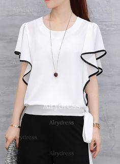 I adore this simple monochrome blouse. So dressy you could dress up or down in this. And the price is even more adorable! A must for my Wardrobe this Summer. Blouse And Skirt, Blouse Dress, Blouse Styles, Blouse Designs, Corsage, Designer Wear, White Tops, Dame, Fashion Dresses