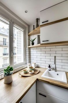 5 Amazing Tips: Long Kitchen Remodel Joanna Gaines rustic farmhouse kitchen remodel.Kitchen Remodel With Island Modern kitchen remodel window.Oak Kitchen Remodel Before And After. White Wood Kitchens, Kitchen Design Small, Simple Kitchen, Scandinavian Kitchen Design, Kitchen Remodel Small, Small Apartment Kitchen, Modern Farmhouse Kitchens, Kitchen Renovation, Kitchen Remodel Cost