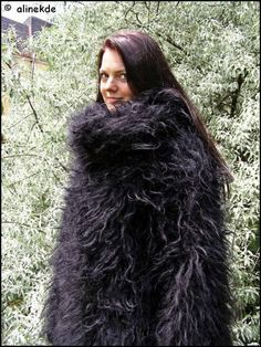 Gros Pull Mohair, Mohair Sweater, Sweater Outfits, Jon Snow, Girls, Fur, Wool, Sweaters, Chunky Knits
