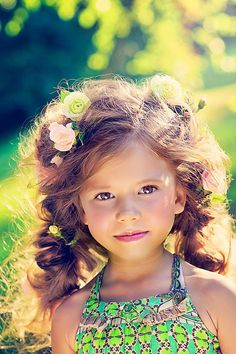 flower girl hair... She is beautiful!, She reminds me of my soon to be niece!
