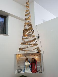 Albero di Natale con presepe creato da Concetta Gallo