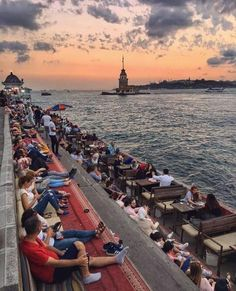 Bosphorus Canal, Coast of Üsküdar Istanbul, Turkey 🇹🇷 Istanbul Skyline, Istanbul City, Istanbul Travel, Turkey Vacation, Turkey Travel, Hagia Sophia, Istanbul Restaurants, Places To Travel, Places To Visit