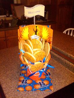 Basketball cookies Basketball Cookies, Cookie Pops, Table Lamp, Paper, Home Decor, Table Lamps, Decoration Home, Room Decor, Home Interior Design