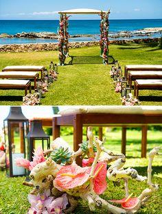 Beach wedding ceremony ideas @weddingchicks