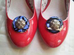 Lucite Shoe Clips 1970s Shoe Clips Vintage by SinginHoundBeadz, $10.00
