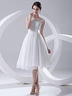 Bateau Neckline Chiffon A Line Knee Length Wedding Dress with Flower - USD $77.42
